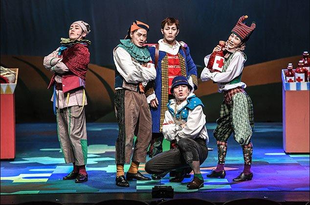 쉽게 보는 셰익스피어 시리즈-가족음악극 `십이야`